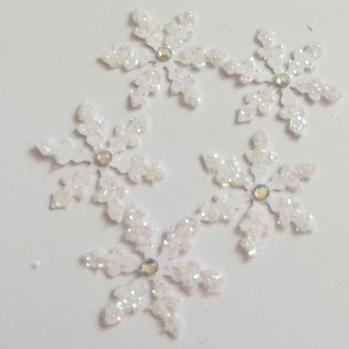 Pk 20 Glittered Jewel Snowflake die cuts
