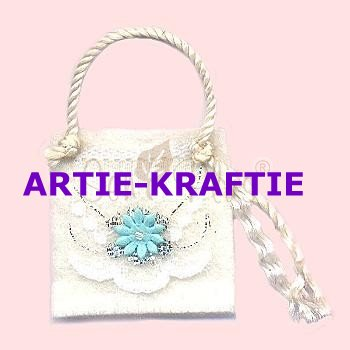 Cream felt bag with Sky blue flower
