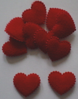 10 Padded Pretty Red Hearts
