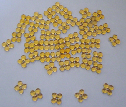 Pretty Gold Flower Gems