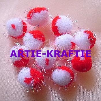 10 Red & White Pom Poms 1.5 cm